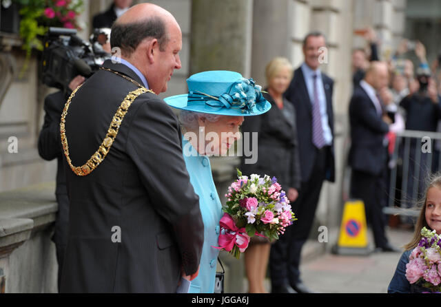 Edinburgh, UK. 07th July, 2017.  The Queen visits The Royal Society of Edinburgh in George Street. Credit: Steven - Stock Image