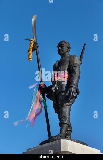 Monument to Phraya Surin Phakdi Si Narong Changwang, Surin, Surin Province, Isaan, Isaan, Thailand - Stock-Bilder