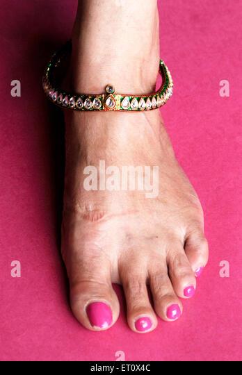 Nailpolish Feet Stock Photos & Nailpolish Feet Stock ...