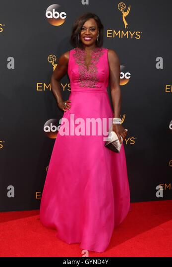 Los Angeles, CA, USA. 18th Sep, 2016. Viola Davis at arrivals for The 68th Annual Primetime Emmy Awards 2016 - Arrivals - Stock-Bilder