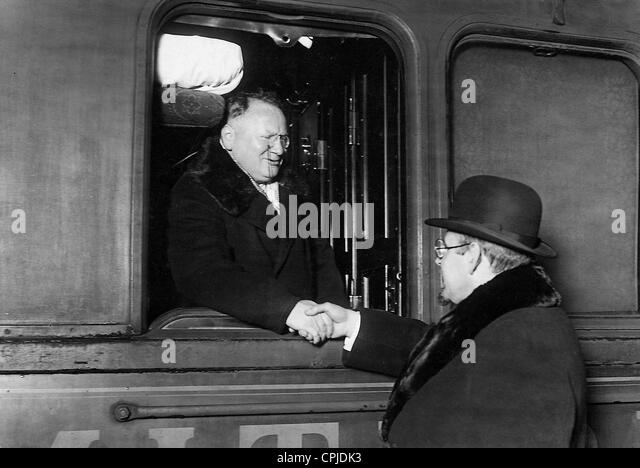 Maxim M. Litvinov on the road to the disarmament conference in Geneva, 1927 - Stock Image