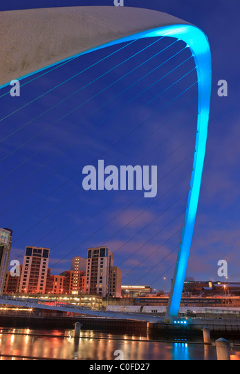 Millennium Bridge and the Baltic Arts Centre Gateshead Newcastle upon Tyne Northumberland England at twilight - Stock Image