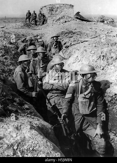 BATTLE OF YPRES  1917. Soldiers from the 45th Battalion, Australian 4th Division, at Garter Point, Zonnebeke, Belgium - Stock Image