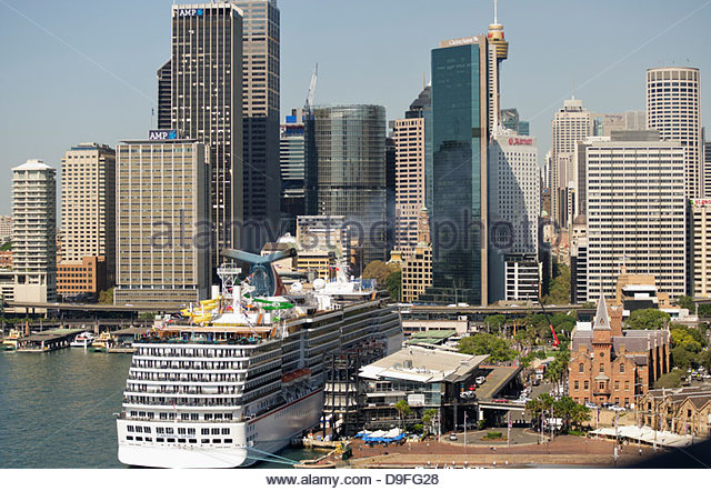 Cruise liner at Circular Quay in Sydney Harbour; Australia - Stock Image