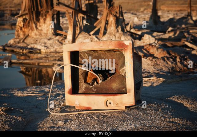 Broken computer monitor at Bombay Beach, Salton Sea, California - Stock Image
