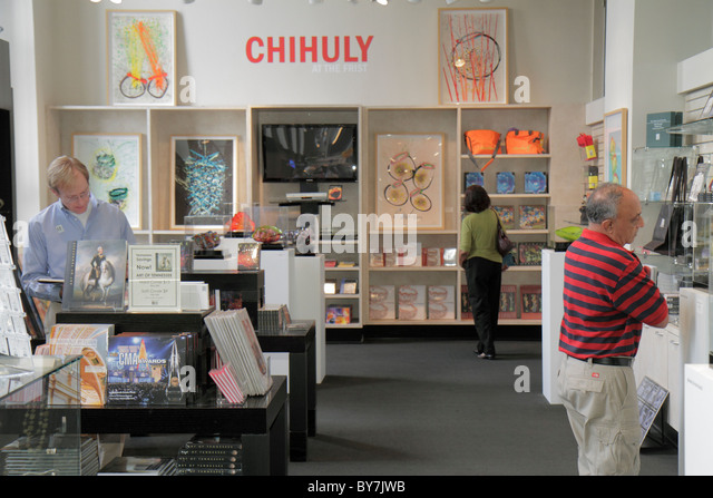Nashville Tennessee Frist Center for the Visual Arts art gallery exhibition museum store shopping Dale Chihuly poster - Stock Image