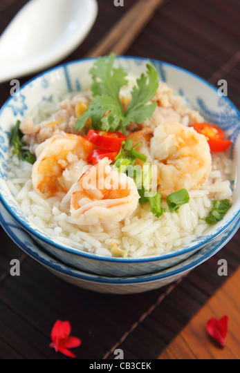 Rice soup with prawn and mince pork - Stock Image