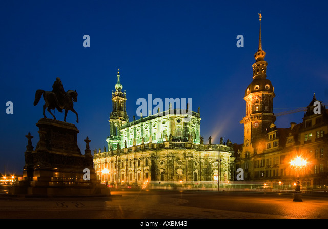 Dresden theatre square Hofkirche castle eqestrian statue of King John at twilight - Stock Image