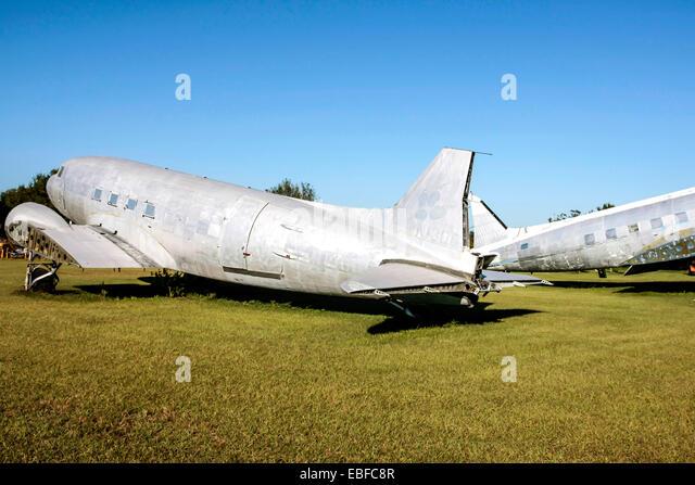 A group of Douglas DC-3 aircraft at an aviation junkyard in Florida - Stock Image