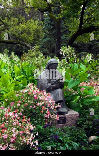 Garden With Bronze Figure Stock Photos Garden With