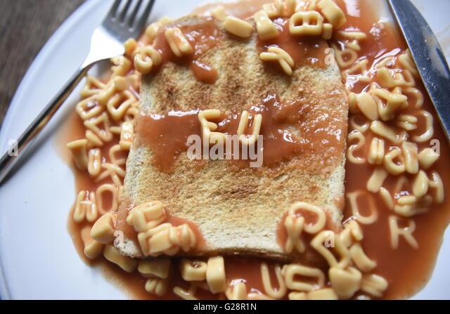 EU Referendum concept image in kids alphabet pasta on toast - Stock Image