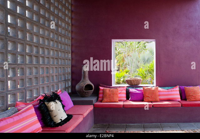 Screened outdoor seating in Baja home - Stock Image