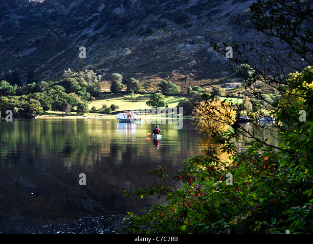 Canoeist on Ullswater, at Glenridding, Lake District, Cumbria - Stock Image