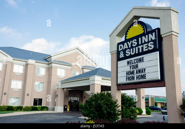 Arkansas Pocahontas Days Inn and Suites motel hotel exterior entrance building lodging hospitality industry international - Stock Image