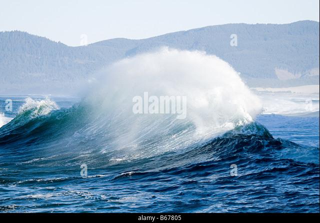 Large ocean wave - Stock-Bilder