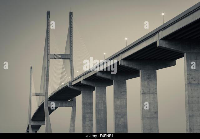 Georgia, Brunswick, Sidney Lanier Bridge, across the Brunswick River, dusk - Stock Image