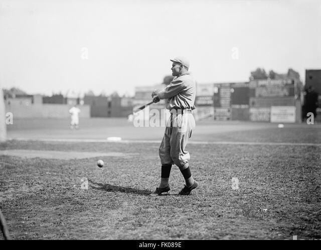 Dutch Leonard, Major League Baseball Player, Left-Handed Pitcher, Portrait, Boston Red Sox, circa 1913.jpg - Stock Image