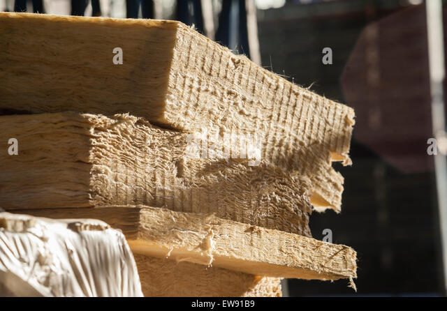 Rockwool stock photos rockwool stock images alamy for Mineral insulation