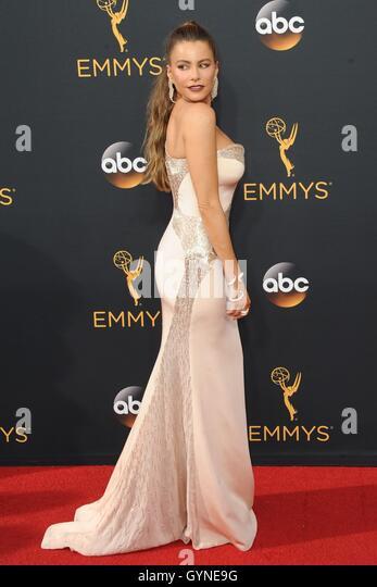 Los Angeles, CA, USA. 18th Sep, 2016. Sofía Vergara at arrivals for The 68th Annual Primetime Emmy Awards 2016 - Stock-Bilder