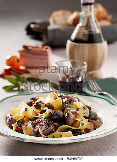 Pasta Dish And Red Wine Stock Photos & Pasta Dish And Red Wine Stock ...