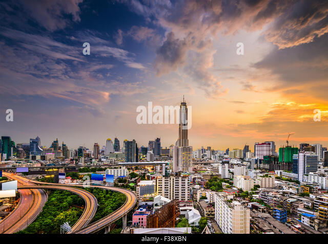 Bangkok, Thailand city skyline of the  Ratchathewi District. - Stock Image