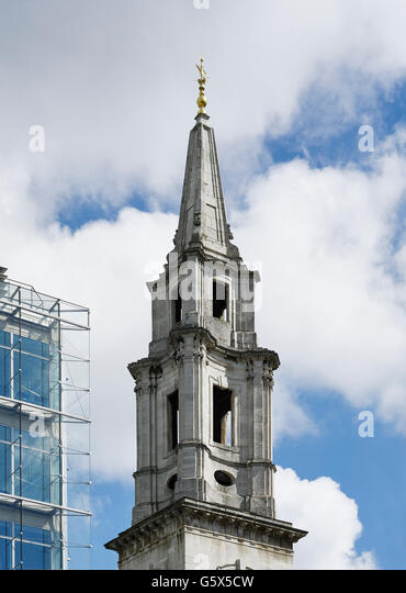 St Vedast Alias Foster, church in the City of London; Baroque spire, going from concave to convex and back to concave - Stock-Bilder