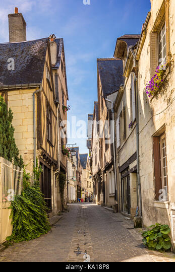 Old houses in the old quarter of Chinon, France. - Stock Image
