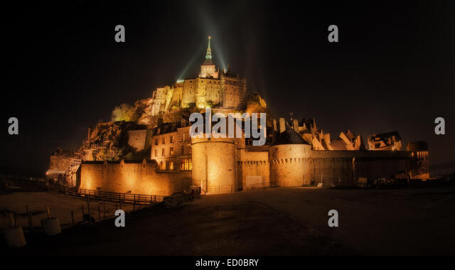 France, Normandy, Mont Saint Michel at night - Stock Image