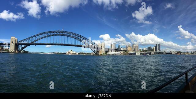 SYDNEY BRIDGE AND HARBOUR, Australia. Photo Tony Gale - Stock-Bilder