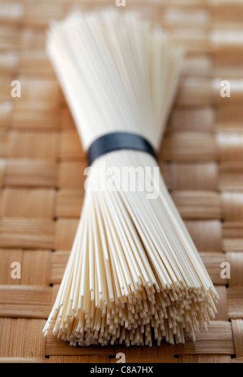 Bundle of chinese noodles - Stock Image