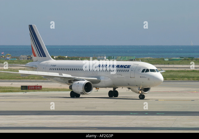 Air France Airbus A320 at Nice Cote d'Azur Airport France - Stock Image