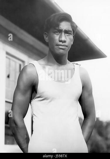 DUKE KAHANAMOKU (1890-1968) Hawaiian Olympic swimmer and surfing pioneer, about 1911 - Stock Image