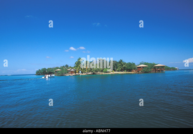 Honduras Bay Islands Roatan Anthony s Key Resort classic tropical island blue sky horizontal - Stock Image