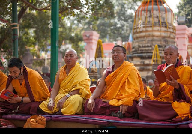 Tibetan Monk Pray Stock Photos & Tibetan Monk Pray Stock ...