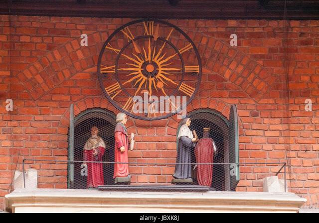 The Courtyard Clock with court figures parade in  Collegiom Maius, Krakow, Lesser Poland, Poland, Europe - Stock-Bilder