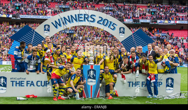 London, UK. 30th May, 2015. Arsenal's players celebrate winning the FA Cup Final between Aston Villa and Arsenal - Stock-Bilder