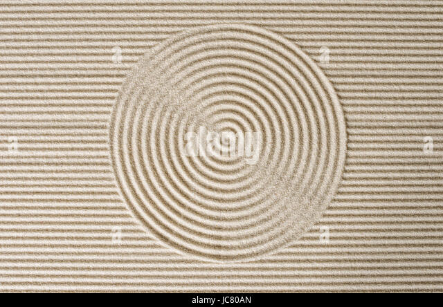 Zengarten stock photos zengarten stock images alamy for Japanischer tisch