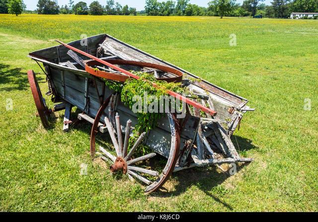 North Carolina NC Grandy wooden wagon relic rural antique - Stock Image