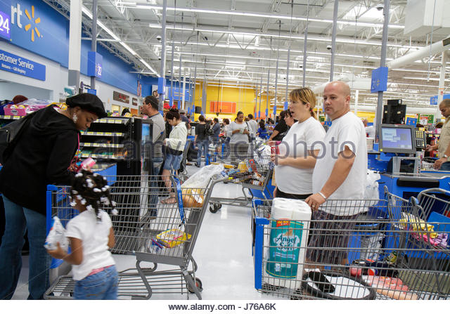 Checkout Line Stock Photos Amp Checkout Line Stock Images