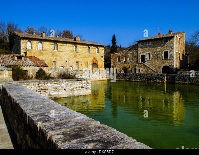Tuscany water stock photos tuscany water stock images - Blue clinic firenze bagno a ripoli ...