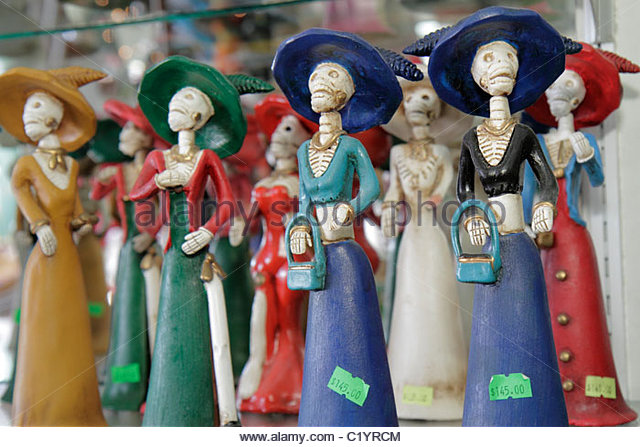 Cancun Mexico Yucatán Peninsula Quintana Roo Mercado 28 market shopping souvenir figurines skeletons tradition - Stock Image