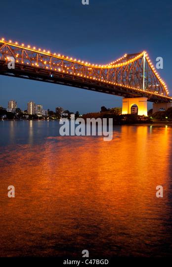 Story Bridge Brisbane at night - Stock Image