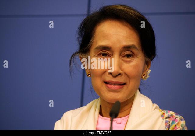 Aung San Suu Kyi - Pressekonferenz der Oppositionsfuehrerin Birmas (Myanmar) und Friedens-Nobelpreistraegerin, 12. - Stock-Bilder