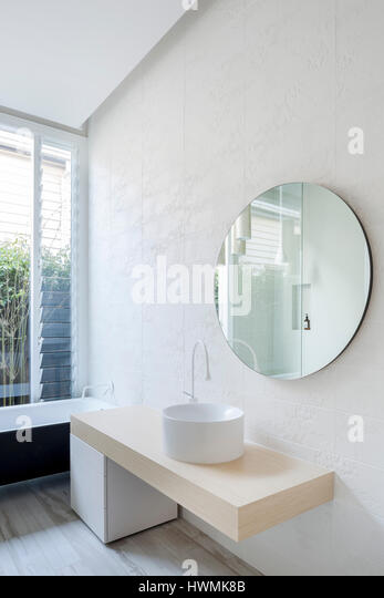 Detail of main bathroom with natural daylight. Hawthorne House, Melbourne, Australia. Architect: Annie Lai Architects, - Stock-Bilder