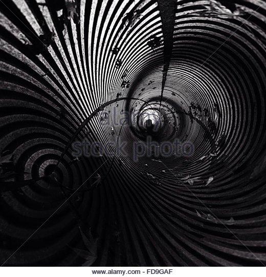 Full Frame Shot Of Empty Tunnel - Stock-Bilder
