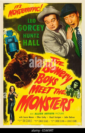 THE BOWERY BOYS MEET THE MONSTERS, top l-r: Norman Bishop (Robot),  Leo Gorcey, Huntz Hall, center: Steve Calvert - Stock Image