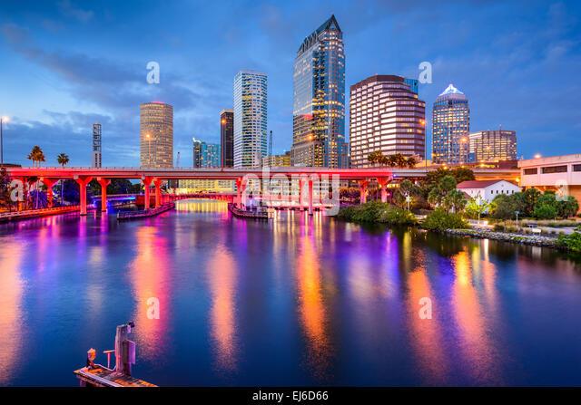 Tampa, Florida, USA downtown skyline on the Hillsborough River. - Stock-Bilder