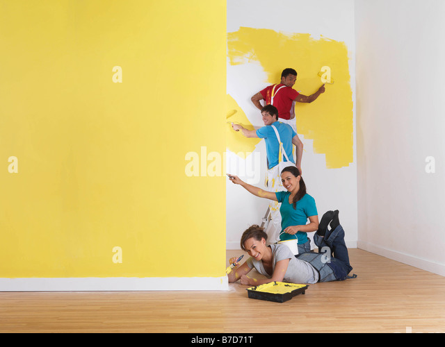 Group painting in order of height. - Stock Image