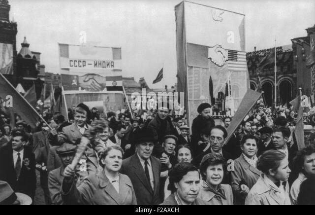 May Day celebration is Moscow, 1960. Communist demonstration of representatives of the working people on the Red - Stock-Bilder