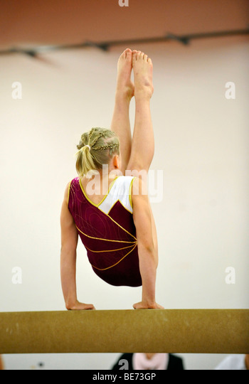 Cup competition, balance bar, children's gymnastics, Internationales Deutsches Turnfest, International German - Stock Image